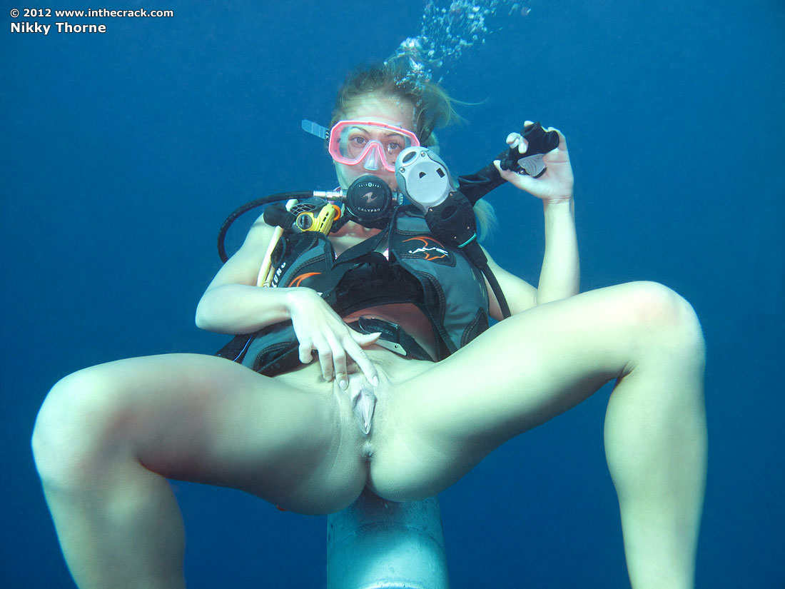 Pussy Divers 58