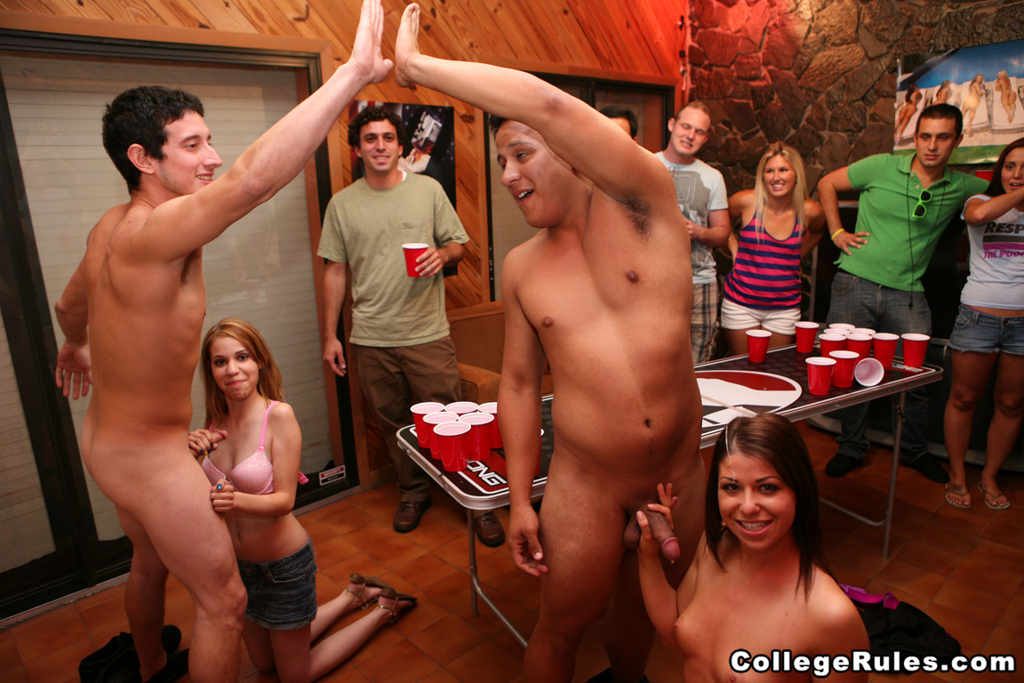 Amateur college toga party with horny chicks